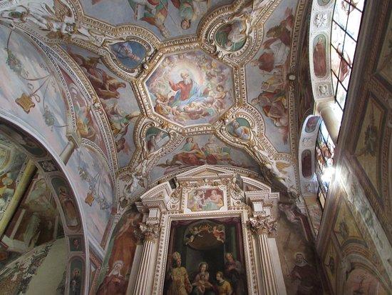 Eremo di S. Caterina del Sasso: Affreschi sul soffitto della Chiesa