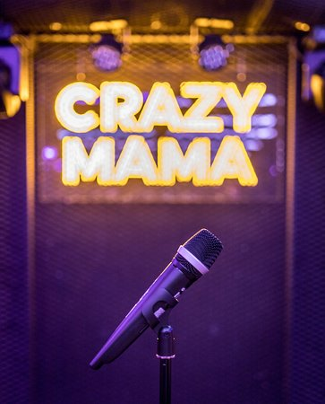 Crazzy Mama Dinner Show