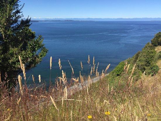 Isla Quinchao, Chili: El encanto de Peumayen,lugar único donde encontrará un grato ambiente familiar y disfrutar de las bondades de chiloe .....🍀👍los esperamos