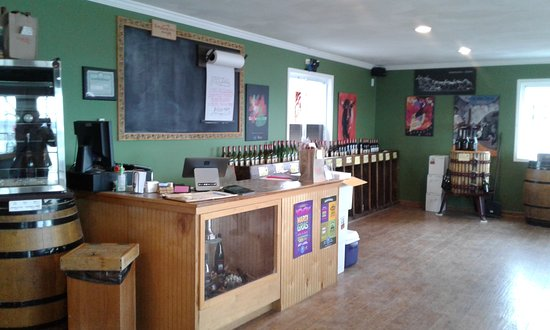 Toro Run Winery: interior