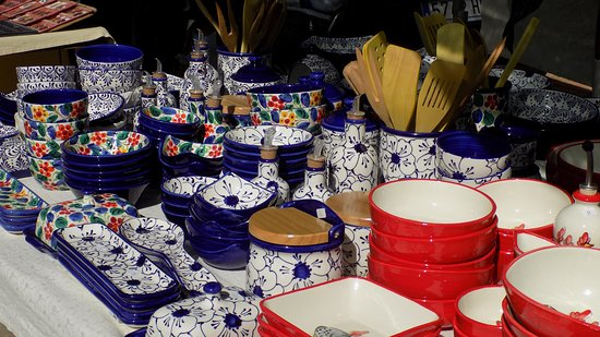 Round Town Travel : Crafts and artisan goods in Jalon