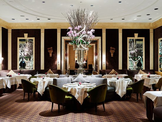 The Carlyle Restaurant New York City Upper East Side