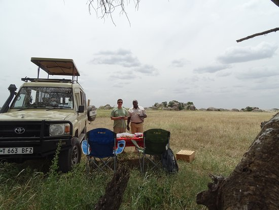 Gosheni Safaris Africa: Lunch time!