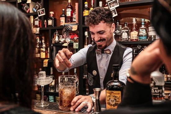 It's competition day 🍸 Il nostro Ugo Acampora alla Head to Head Bartender Competition 2019  Questa volta il timer ⏱ glie l'hanno messo a vista...