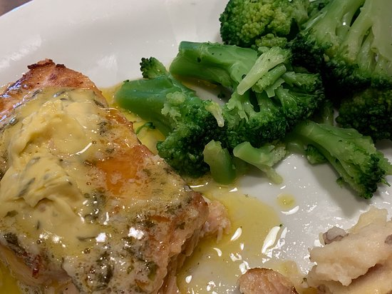 Grilled salmon, broccoli, and mashed potatoes