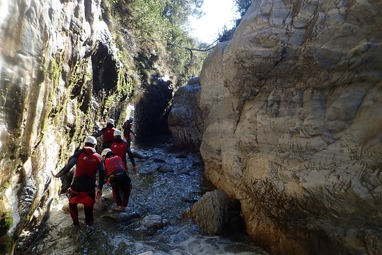 Canyoning Marbella - niveau 1: This was one of the walking sections, what an interesting experience!