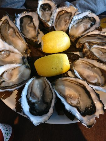 New Quay, Ireland: Oysters