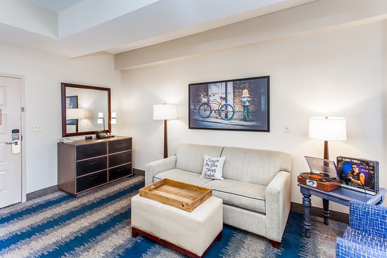 The Mercantile Hotel Suite