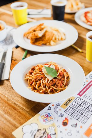 Full Kids Menu available including Spaghetti Bolognese, Fish & Chips, Chicken Tenders and Grilled Chicken with Vegetables