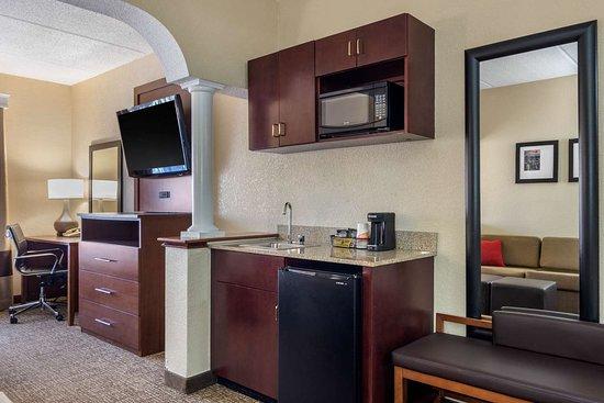 Comfort Suites: gasnk