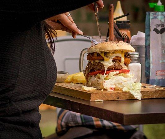 Nanko`s Hamburgueseria : los martes disfruta de tu descuento en tu segunda hamburguesa