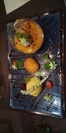 Duong's 2 Restaurant & Cooking Class: Comida rica y elaborada. Unos 85€/5pers.  El pez gato es su especialidad.