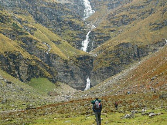 dhandras thach during rupin pass trek