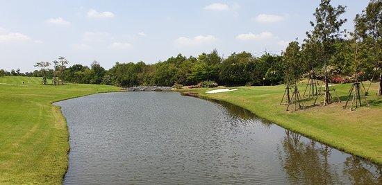 Rangsit, Thailand: The Royal Gems Golf City