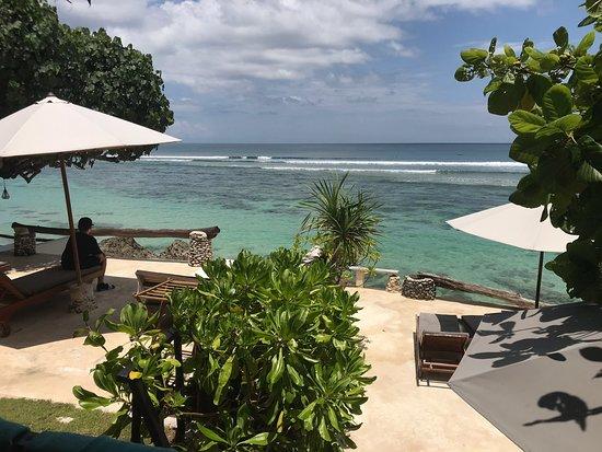Pecatu, Indonesien: Rock n reef