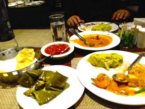 Oh! Calcutta: ilish paturi, chutney and prawn malaicury