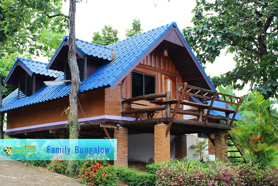 Deluxe-Bungalow (2queen-bed),Bacony - Picture of Banphu Montalang Resort, Mae Hong Son - Tripadvisor