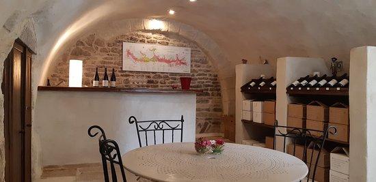 Caveau Domaine Loubet Dewailly