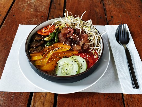 Le Bistrot team is glad to introduce you our Poke bowls. A healthy bowl coming from Hawaii. A mix of grains ( quinoa, lenils, rice and others) Spiced baked vegetables, Chicken breast cooked in its own juice or Teryaki marinated fish or Veg with our Falafels and other ingredients that will take you away.