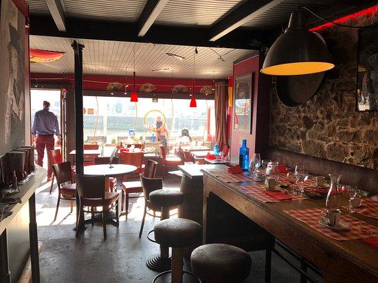 La Bodega Binic Restaurant Reviews, La Bodega Furniture