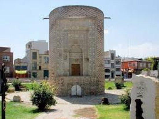 Urmia, איראן: Se Gonbad