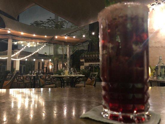 Lugareño Cocina: Hibiscus Mojito and Setting View