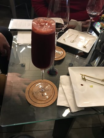 The Vault Wine Lounge: Blueberry mimosa (my favorite)