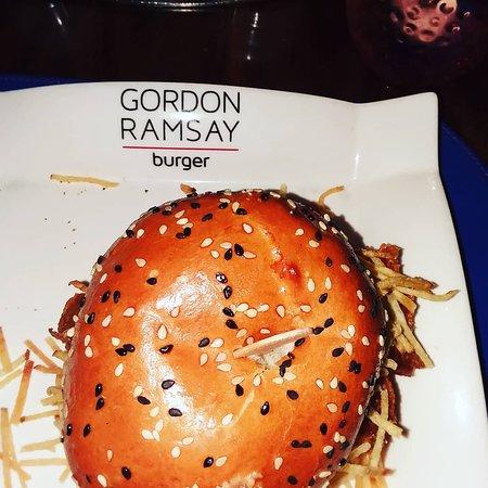 Gordon Ramsay Burger: Deep Fried Fish Sand which