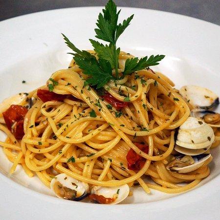Da Martina: Spaghetti con almejas