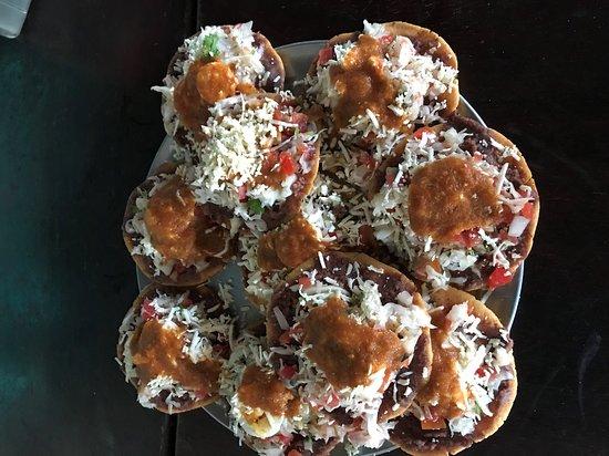 Las Camelias Grill & Disco: Salvadorean Enchiladas. Enchiladas Salvadoreñas.