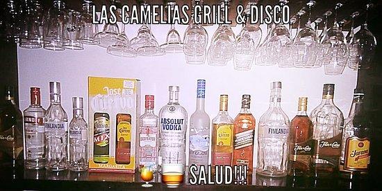 Las Camelias Grill & Disco: Bebidas, Bebidas y mas Bebidas a tu Gusto!