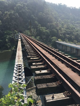 Old Shan Sian Tourism Train