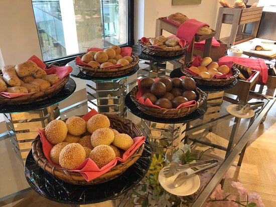 The Biltmore Hotel Tbilisi: Breakfast Buffet
