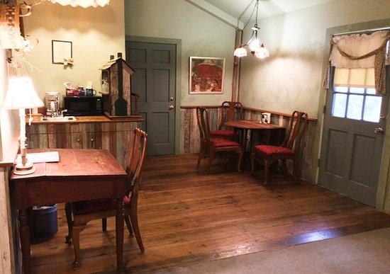 Baines House Inn: Ryann's Cottage