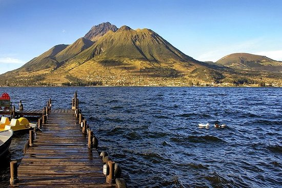 Otavalo, Cuicocha Lake og Cayambe...