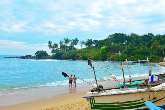 Unakuruwa Beach