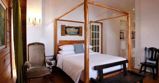 Entrance - Picture of Guest Haven House Bed & Breakfast, Luzon - Tripadvisor