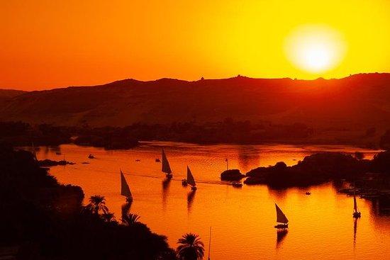 Botanical garden with Felucca ride on Aswan Nile River: Felucca Ride on the Nile in Aswan at Sunset