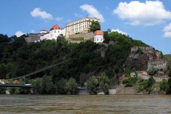 Passau - Slottur med udsigt Linde...