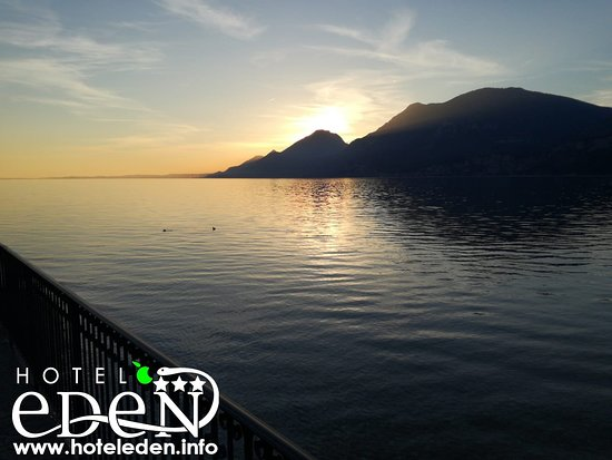 🇩🇪 Panorama zwischen Assenza und Cassone am Gardasee  🇺🇸 Panorama between Assenza and Cassone on Lake Garda https://www.hoteleden.info