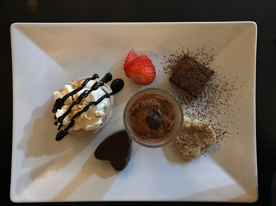 Bliss Food Co.: Divine desserts!
