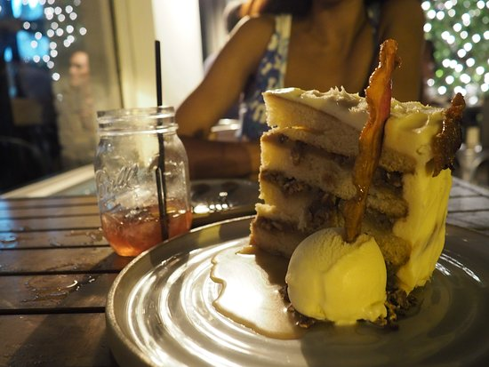 Bacon Butterscotch Cake Picture Of Yardbird Southern Table And Bar Miami Beach Tripadvisor