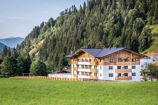 DIREKT an der Skipiste – Bild från OFENTURL alpine living, Flachau - Tripadvisor