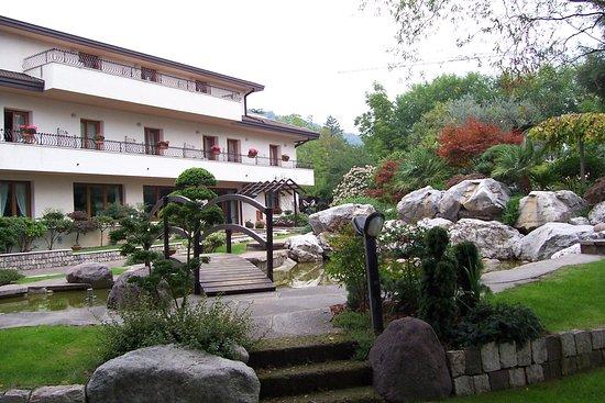 Piscina Picture Of Hotel Al Giardino Fanna Tripadvisor