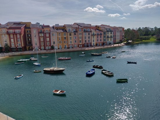 Loews Portofino Bay Hotel at Universal Orlando: stellar view from 3431