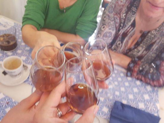 La Taperia Cordoba: un brindis con el fino mezclado con vinito rancio y azúcar moreno
