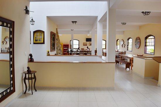 Um ambiente agradável, decorado com nossos mais tradicionais artesanatos, te espera em Resende Costa. Aproveite sua estadia para conhecer toda riqueza do nosso artesanato.