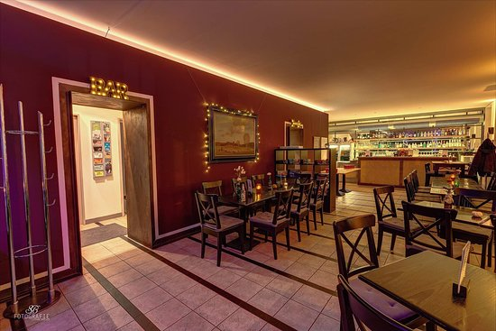 קוטבוס, גרמניה: Die Unbelehr-Bar