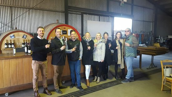 Mudgee, ออสเตรเลีย: Venue Lowes Organic Wines, the smiles tell the story