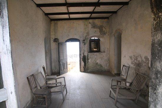 Apam, גאנה: Garrison quarters. Fort Patience